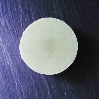 Florence with indigo powder